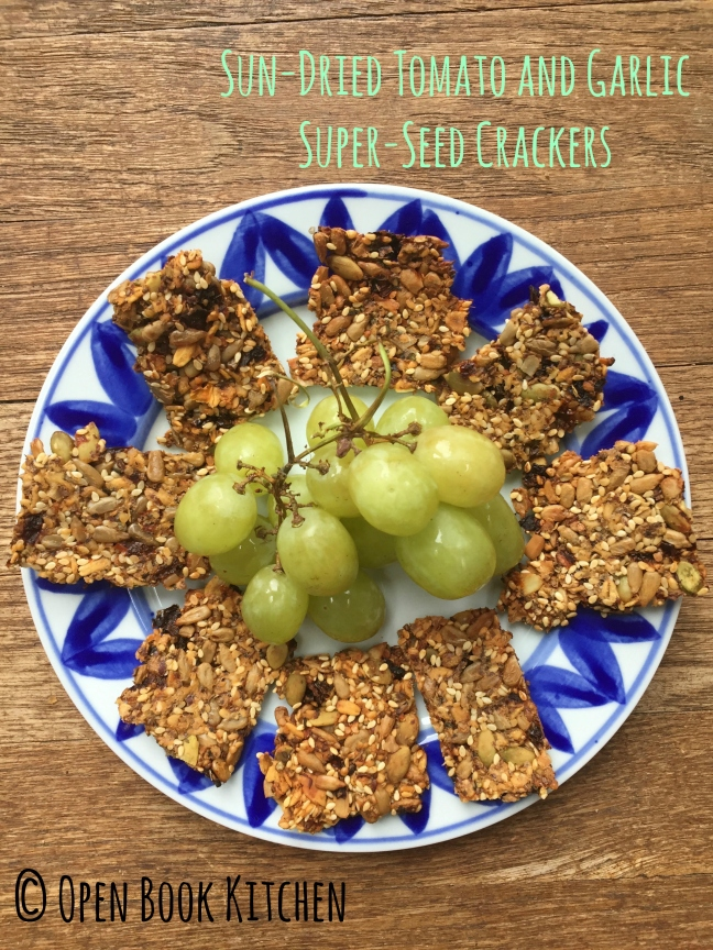 sundried-tomato-and-garlic-super-seed-crackers